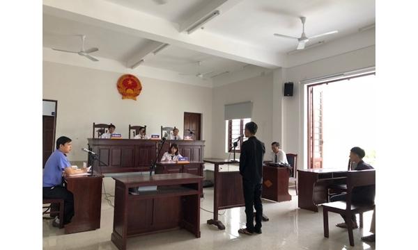 VKSND huyện Cam Lâm tổ chức phiên tòa rút kinh...