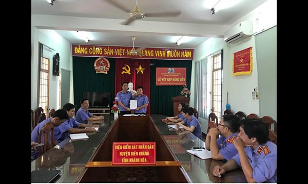 Sáng ngày 26/6/2018, Chi bộ VKSND huyện Diên Khánh tổ chức......