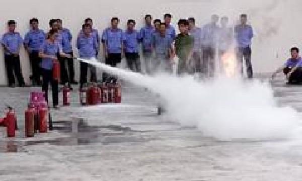 VKSND tỉnh Khánh Hòa: tổ chức lớp bồi dưỡng kỹ năng phòng chống cháy, nổ tại đơn vị